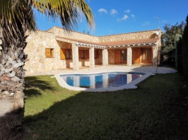 AME345 Villa mit Private Pool